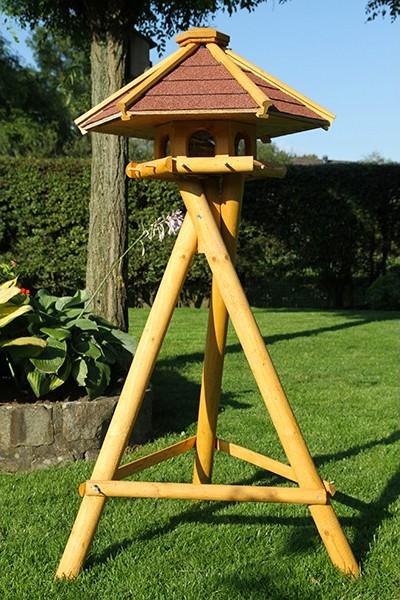 Vogelhaus 'Garmisch' mit Ständer